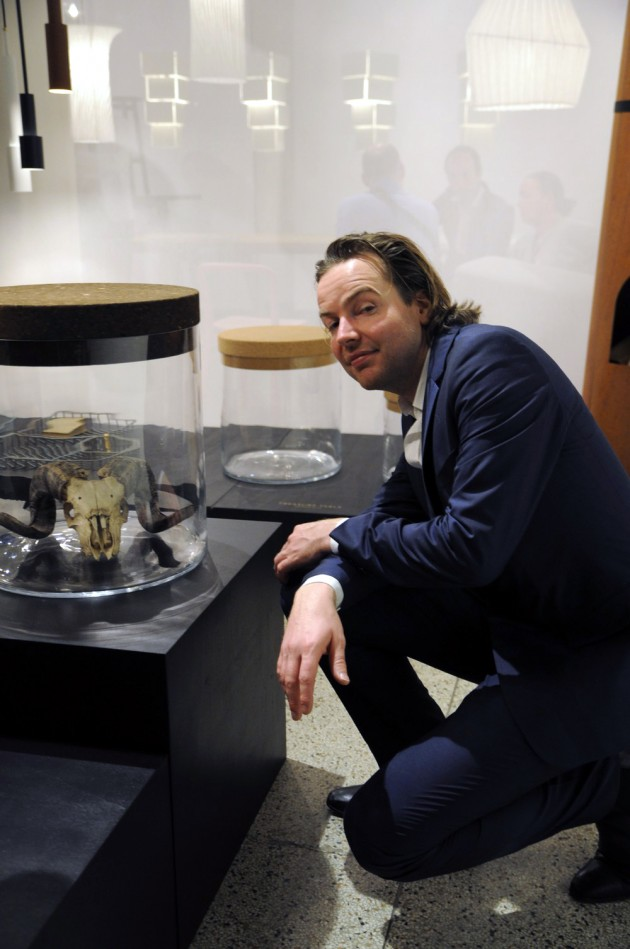 Frederik Roijé Milaan Treasure table foto Gimmii
