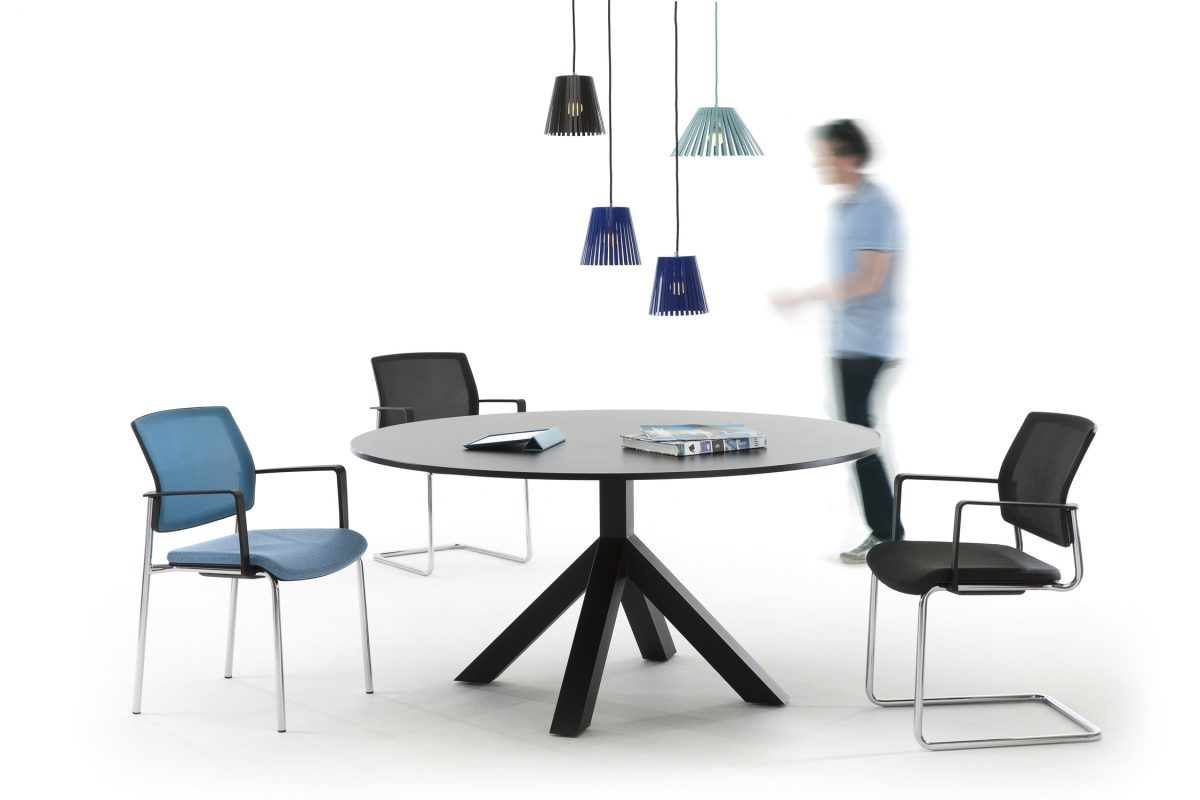 Gispen Dukdalf tafel rond table Peter de Boer – gimmii shop