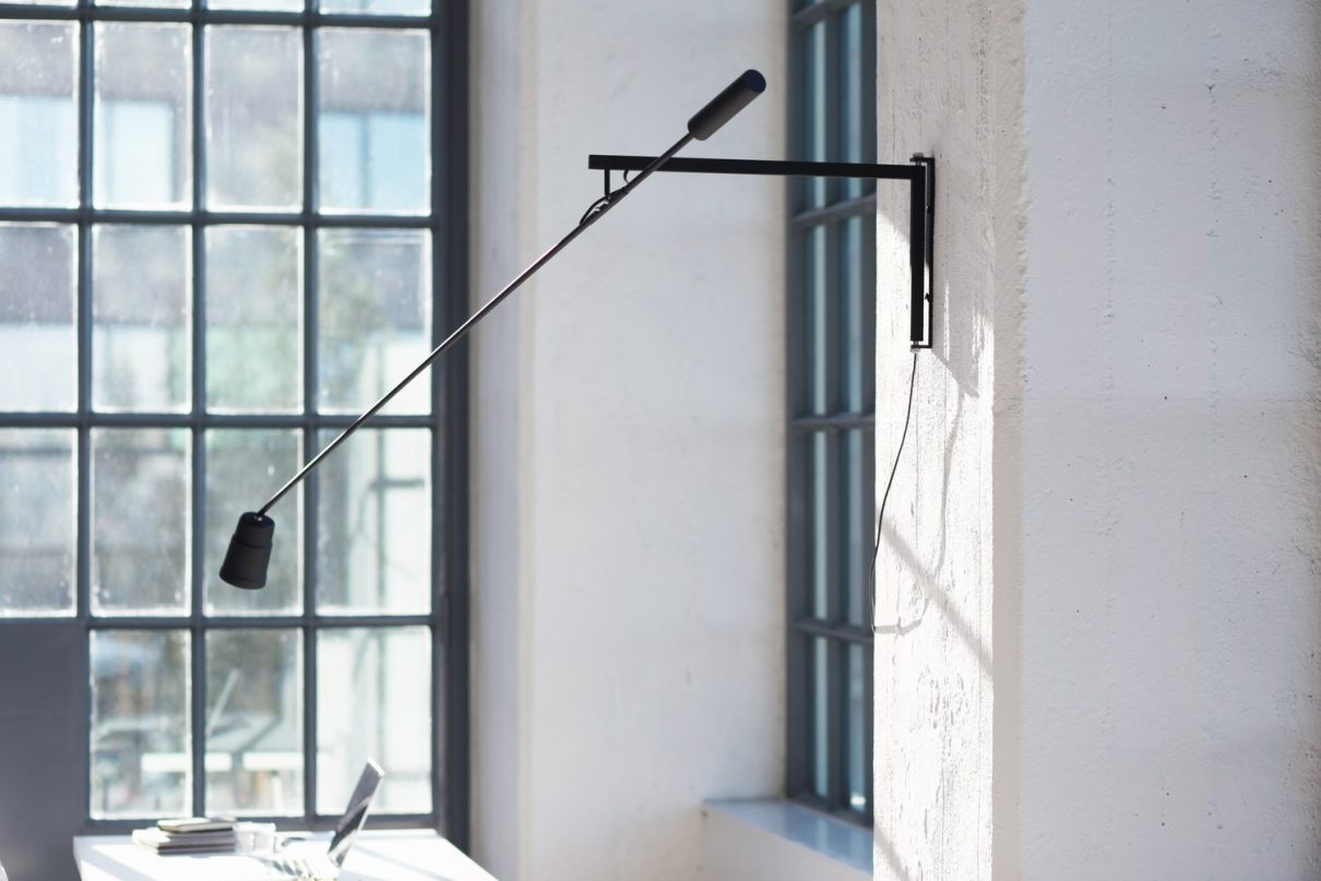 Force x Distance, een beweegbare lamp