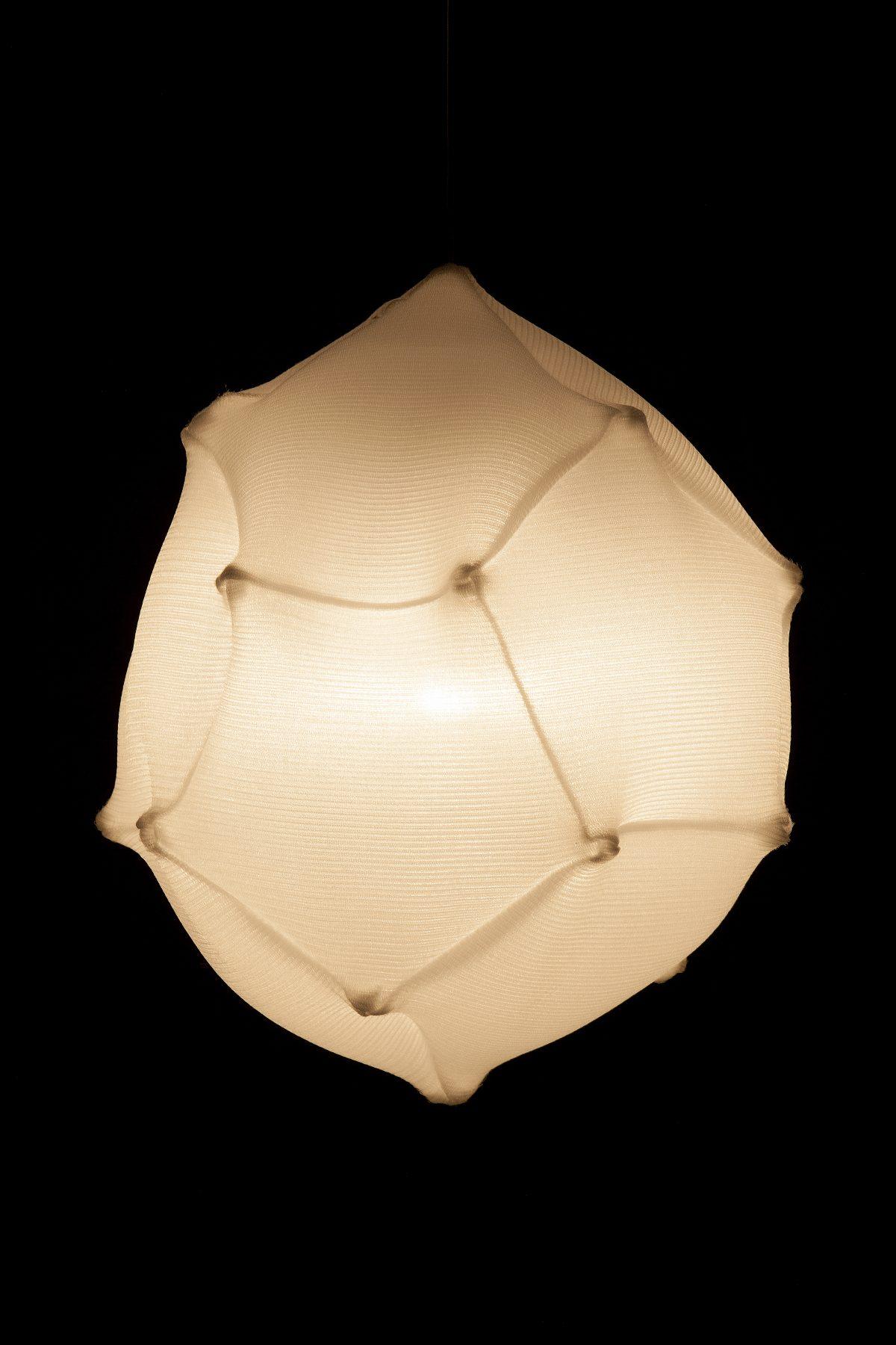 Radiolaria Pseudoglobulus footballi hanglamp van Bernotat