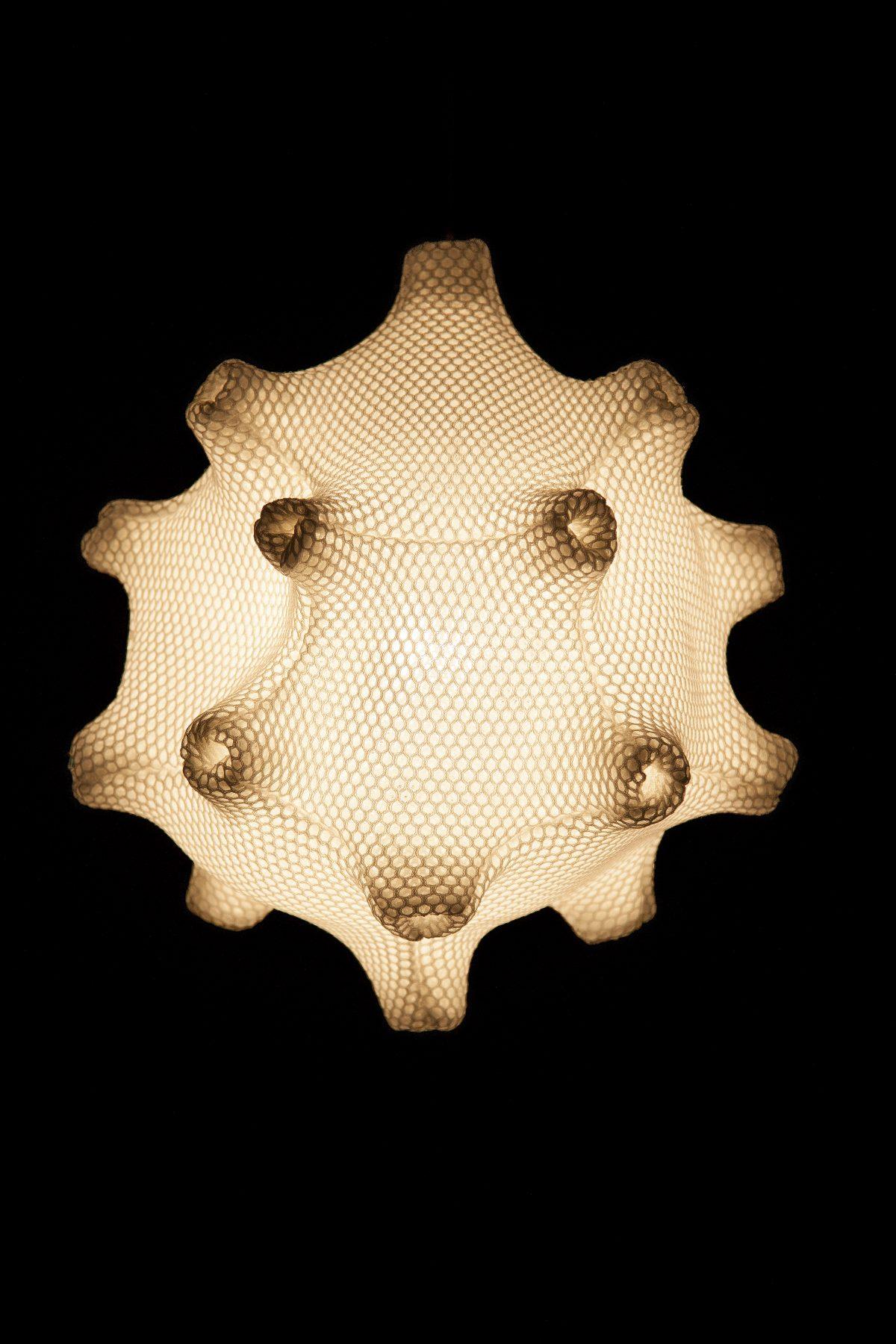 Radiolaria Tentaculus minimus glow-in-the-dark hanglamp van Bernotat