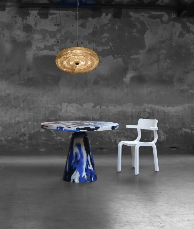 Fresnel hanglamp Melting Pot Table RvR Chair Photo Studio Dirk Vander Kooij