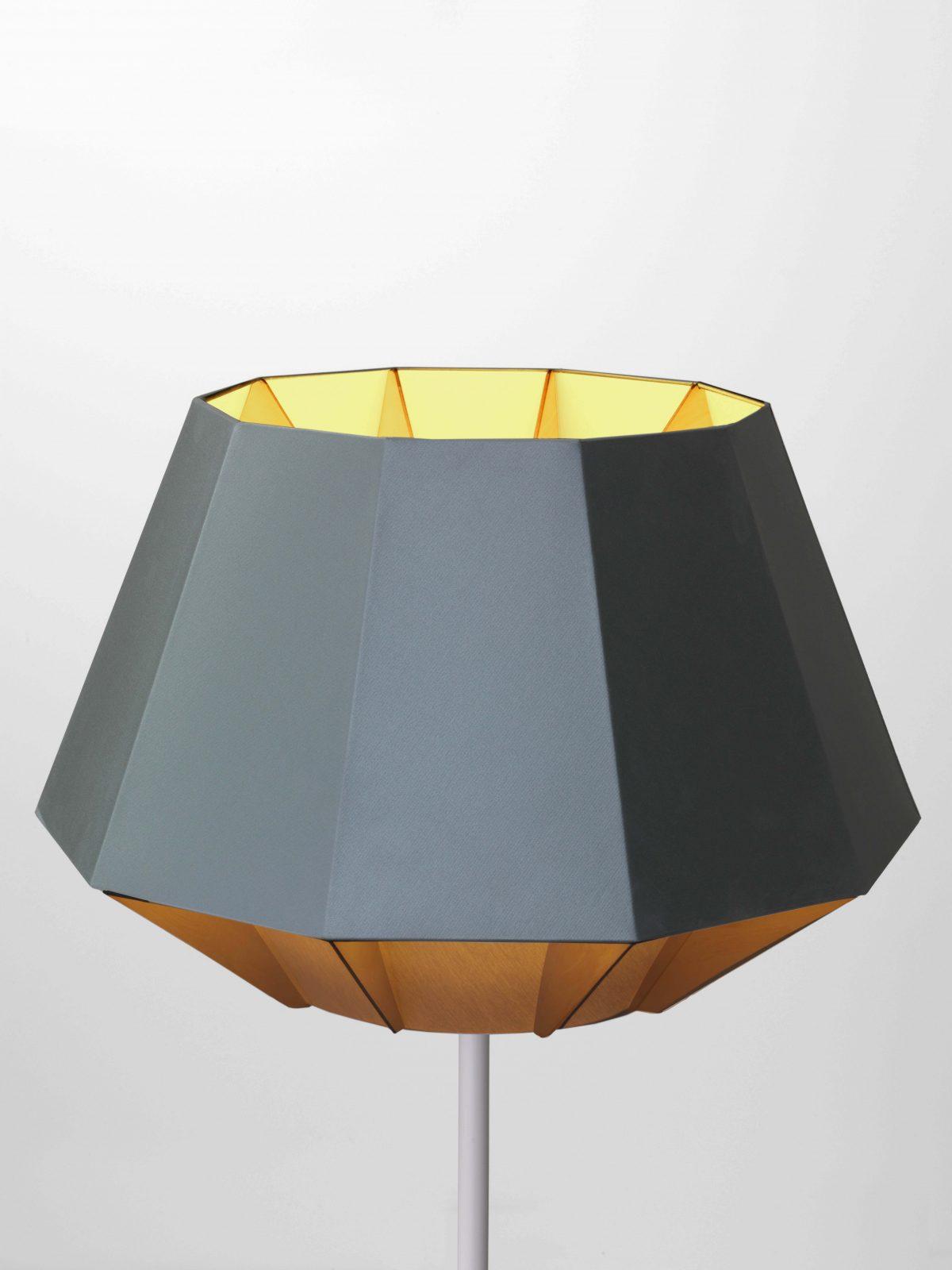 Polar lamp floorlamp New Duivendrecht ontwerper Dave Keune
