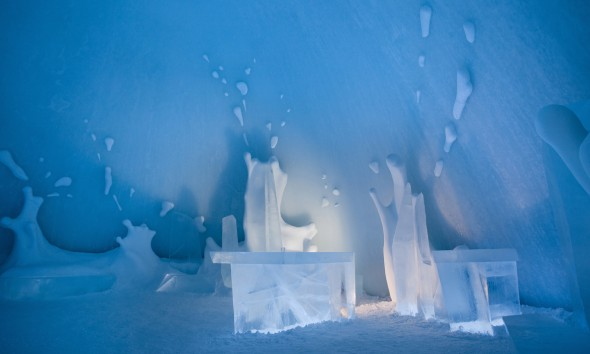 ICEBAR BOOOM! ICEHOTEL Sweden