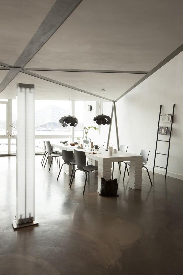 Gispen Amsterdam Thunderball hanglampen Layers tafel More or Less stoelen Maarten Baas