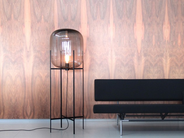 Oda lamp big grey in scene