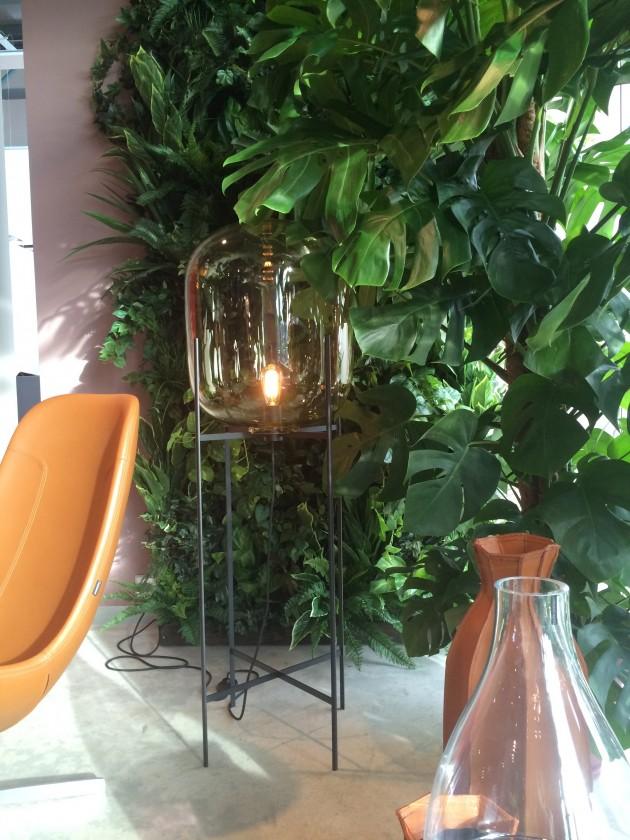 Oda lamp Pulpo Gelderland stand IMM cologne foto Lisette Gimmii