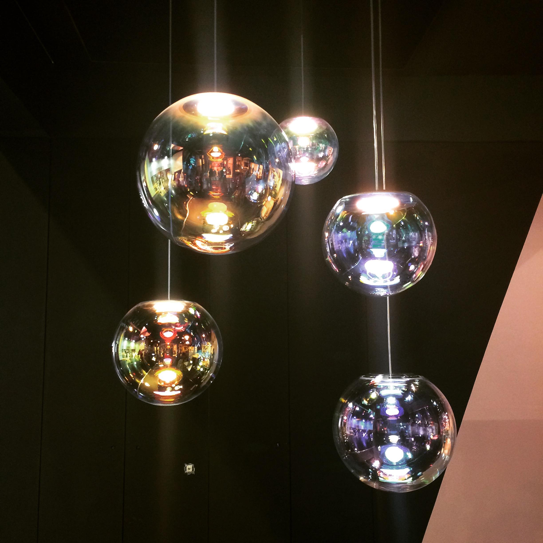 Een lichtgevende zeepbel gimmii dutch design - Huis lamp wereld nachtkastje ...