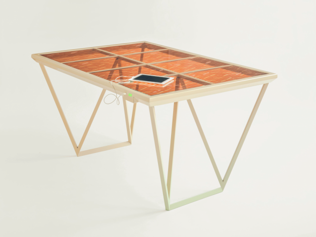 Current Table Marjan van Aubel eettafel