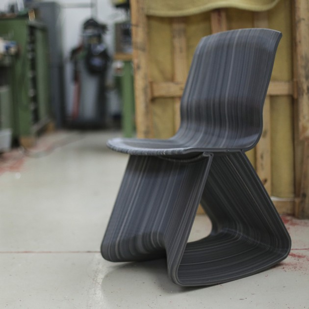 Flow open rocking chair Dirk van der Kooij schommelstoel