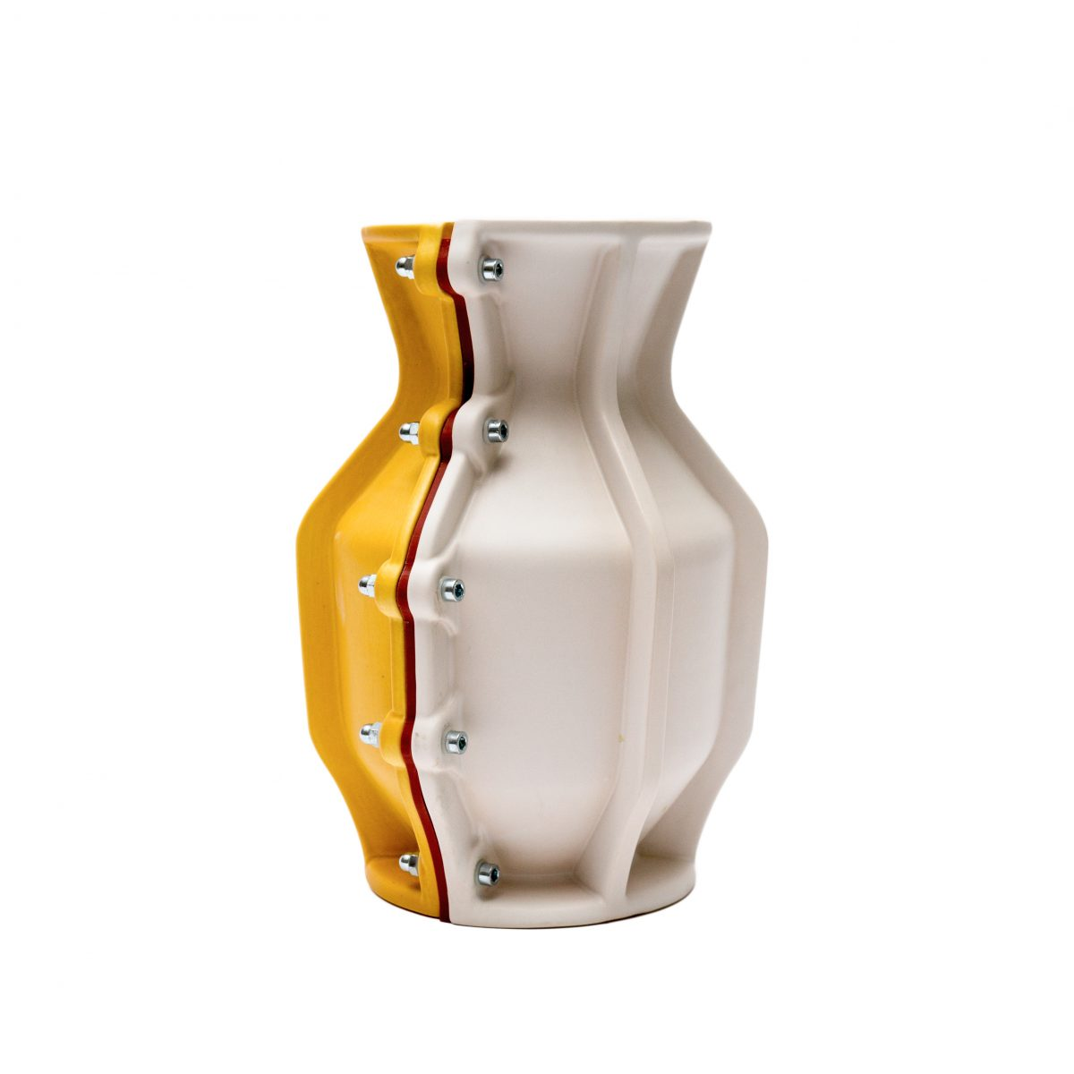 Carter Vase Floris Hovers for Cor Unum Yellow white