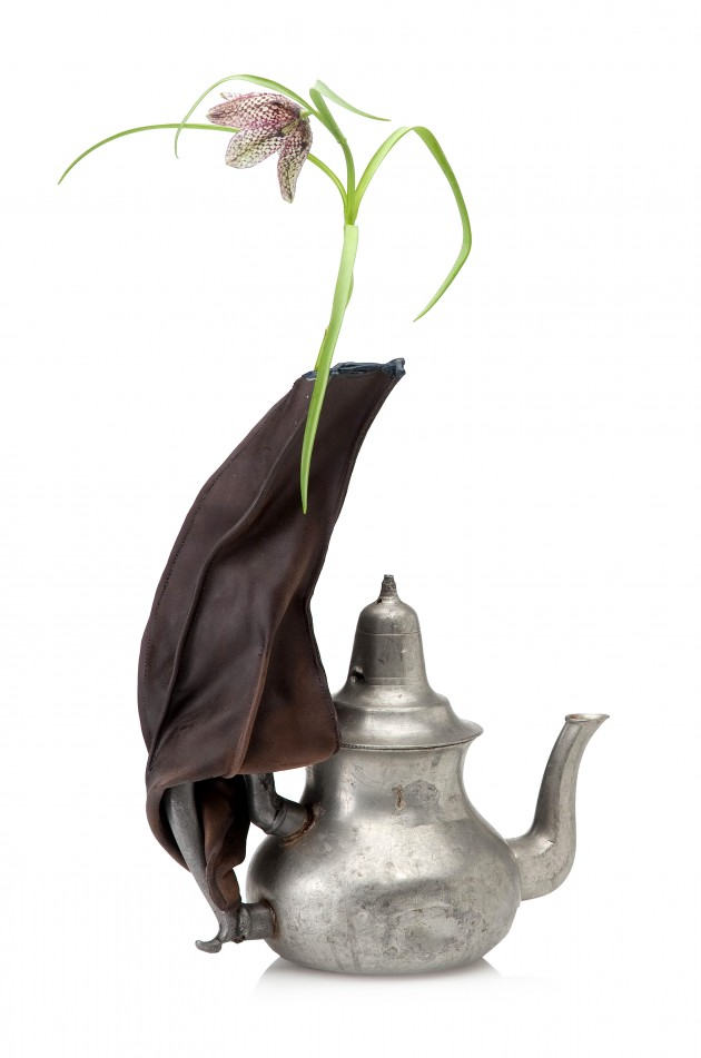 Goodesign - The natural circle Pepe Heykoop Symbiotic Snail vase teapot