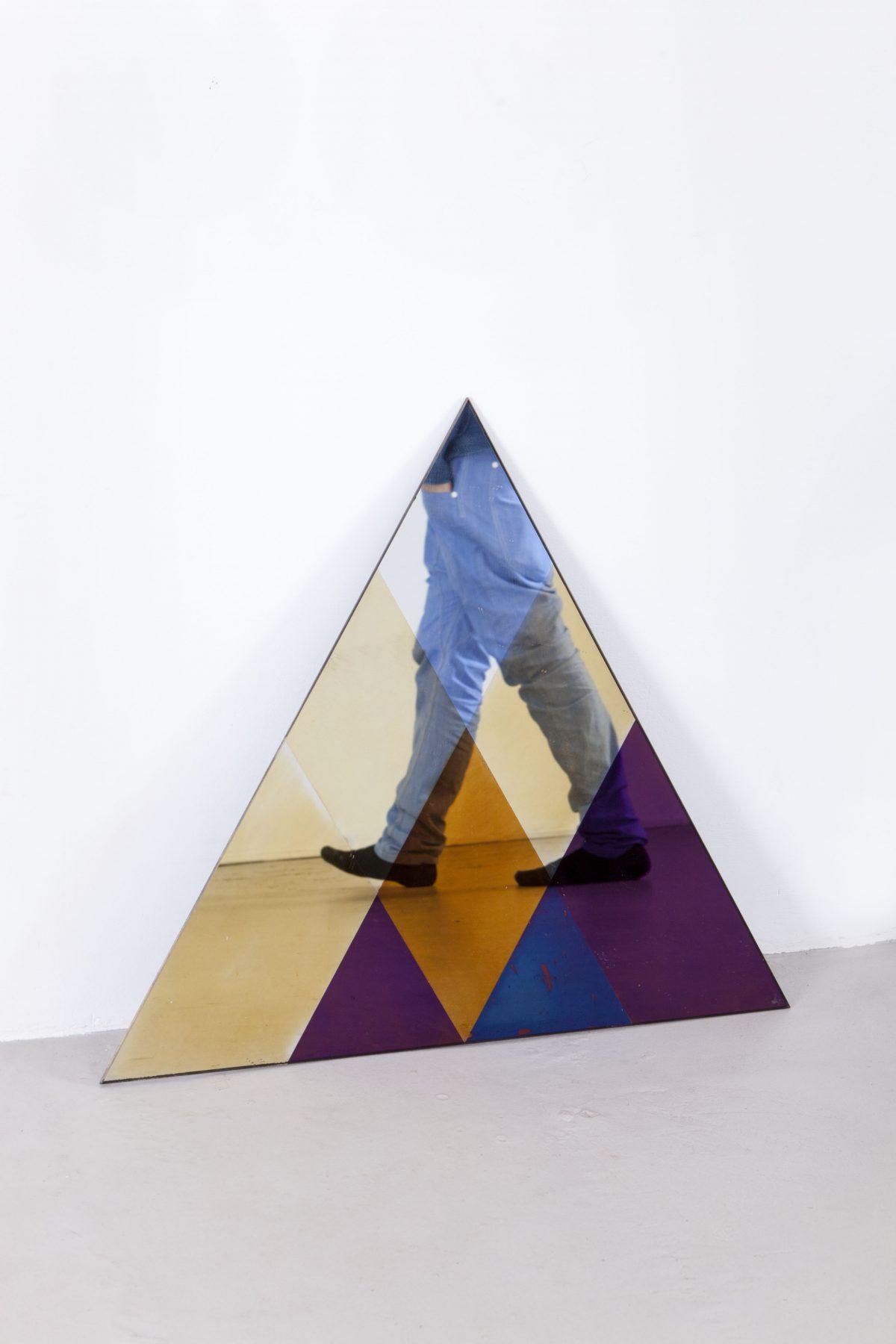 Lex Pott & David Derksen spiegel Transnatural Triangle S, spiegel driehoek vergankelijkheid