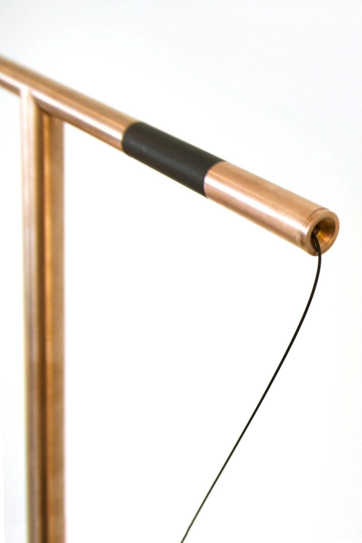 Studio Mieke Meijer Balance tablelamp copper