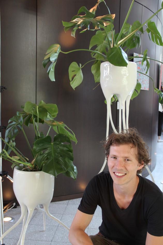 Tim vande Weerd met zijn Monstera's plantenpotten foto Gimmii