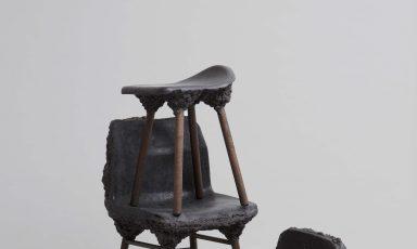 Well proven chair is gemaakt van uniek houtschuim