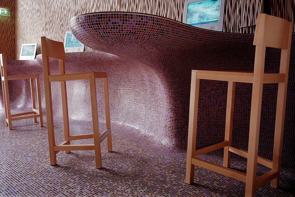 AVL Shaker Barstool Atelier van Lieshout voor Lensvelt Una Hotel Firenze Fabio Novembre