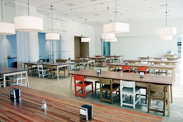 AVL Shaker Table Atelier van Lieshout Lensvelt mixedwood Mexx