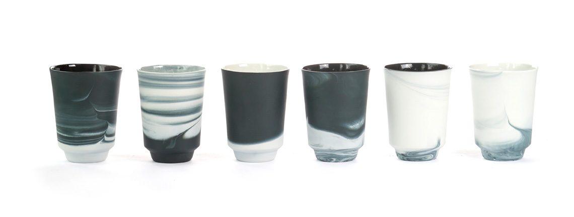 Pigments & Porcelain theemok zwart by Alissa+Nienke voor Vij5 – Gimmii