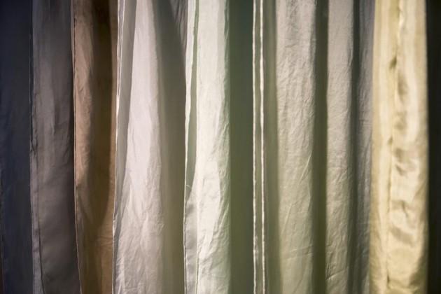 Sjaals DDW15 Nienke Hoogvliet zeewier verf foto Hannah Braeken