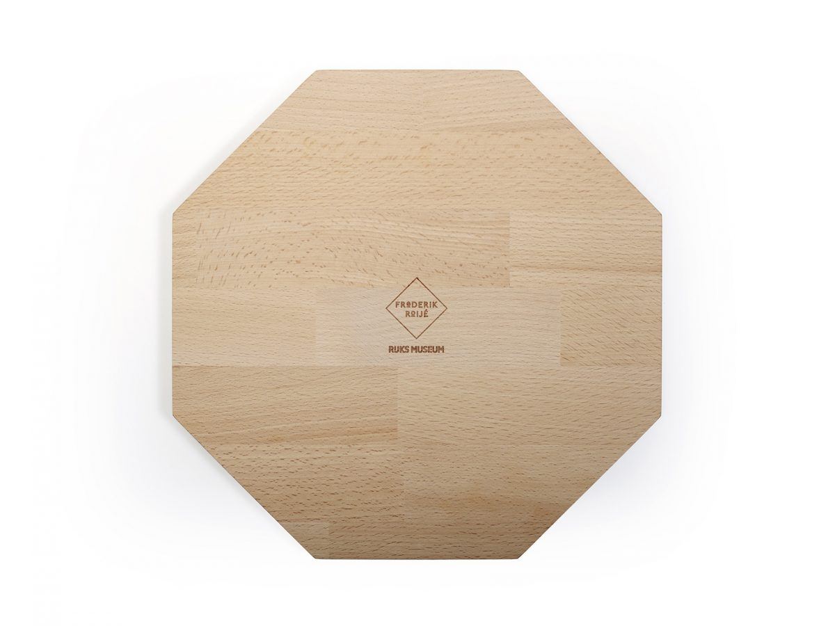 Frederik-Roije-SHADES-OF-PLATES-OCTAGON-back-plate-cuttingboard—Gimmii