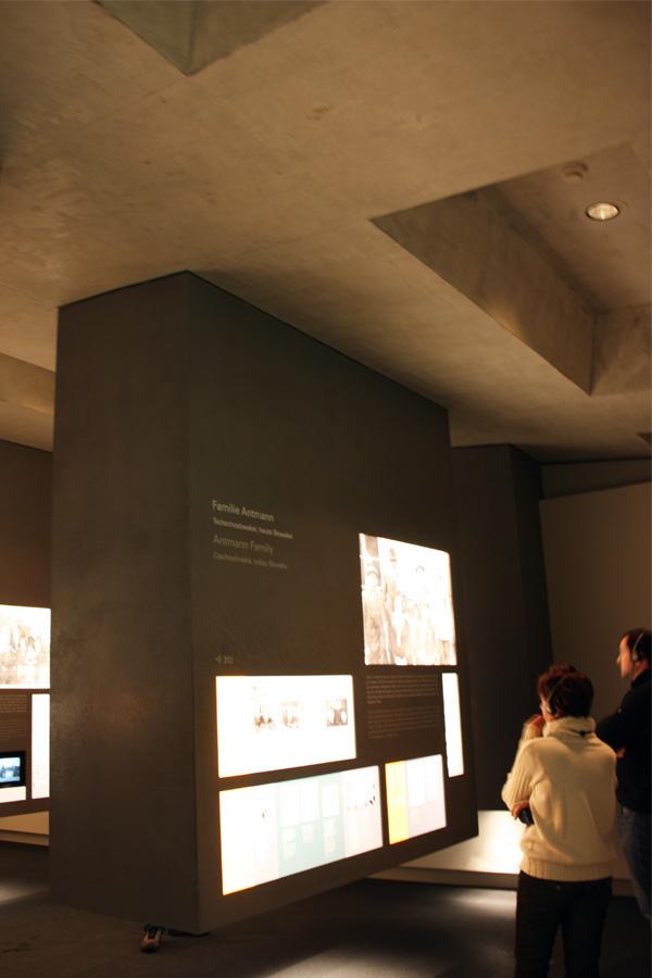 Holocaustmonument en informatiecentrum Peter Eisenman (4) Berlijn-JanitaStoel - Gimmii