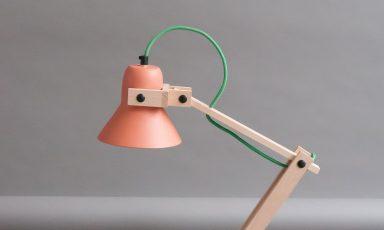Terracotta Pixoss lamp; de filmster