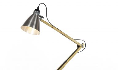 Tools desk light: poezie met linealen
