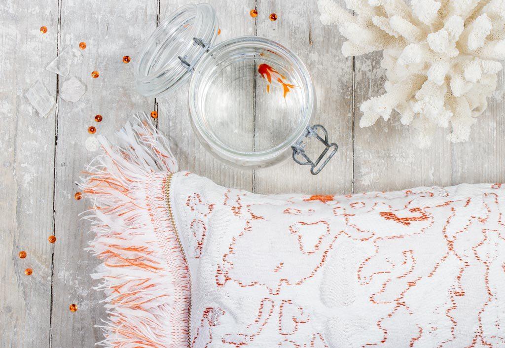 Roos Soetekouw Fringe cushion No6 Coral detail – Gimmiishop