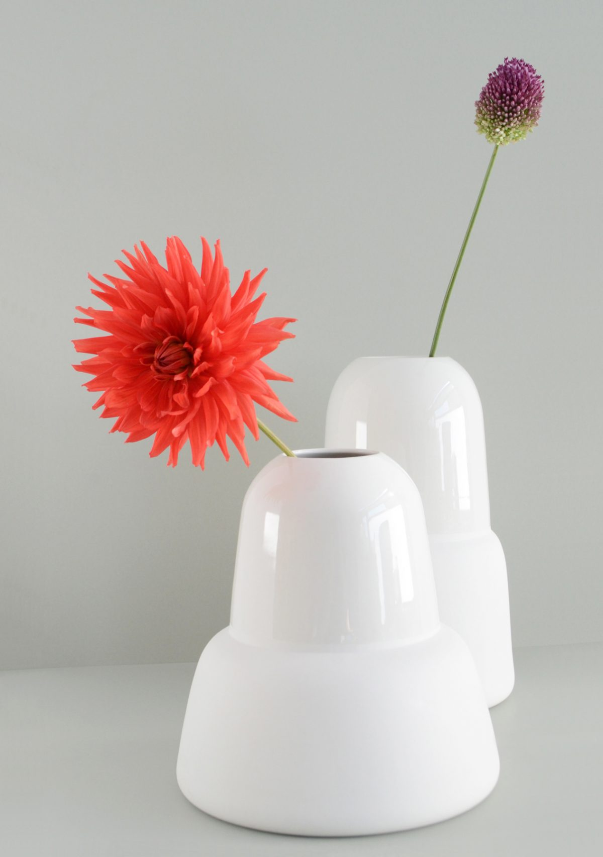 BuroJET bullet vases high and low with flowers  Egbert Jan Lam Gimmii.nl