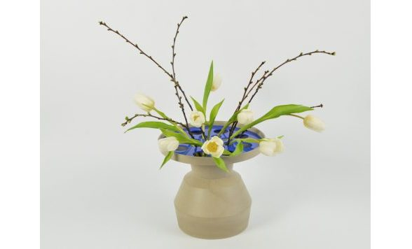 Funnel vase Medium