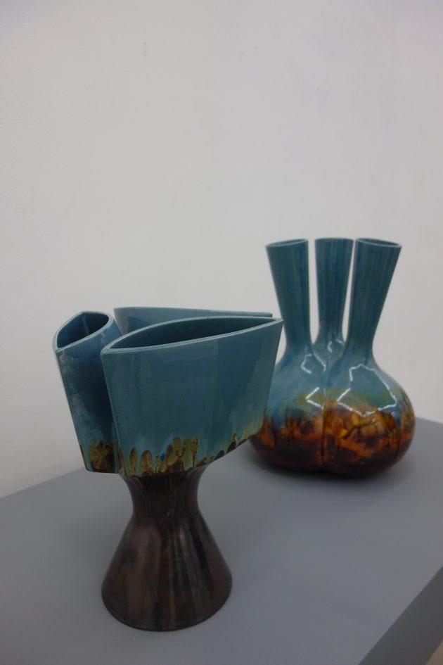 CorUnum-RoderickVos-nefertiti-vase-retro-blue-photogimmii