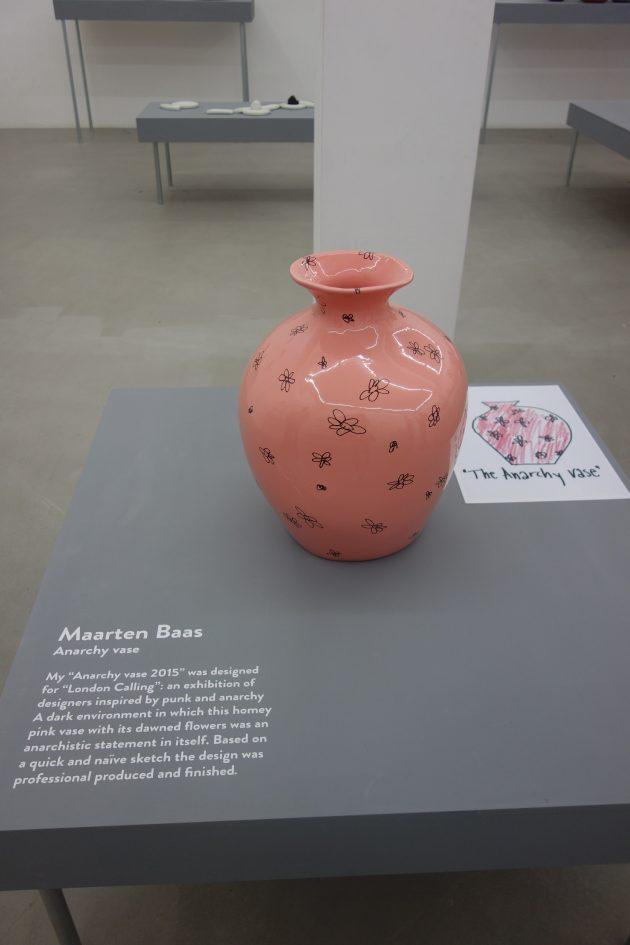 MaartenBaas-anarchy-vase-CorUnum-Milan-photoGimmii