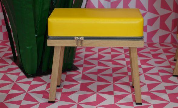 Truecolors stool