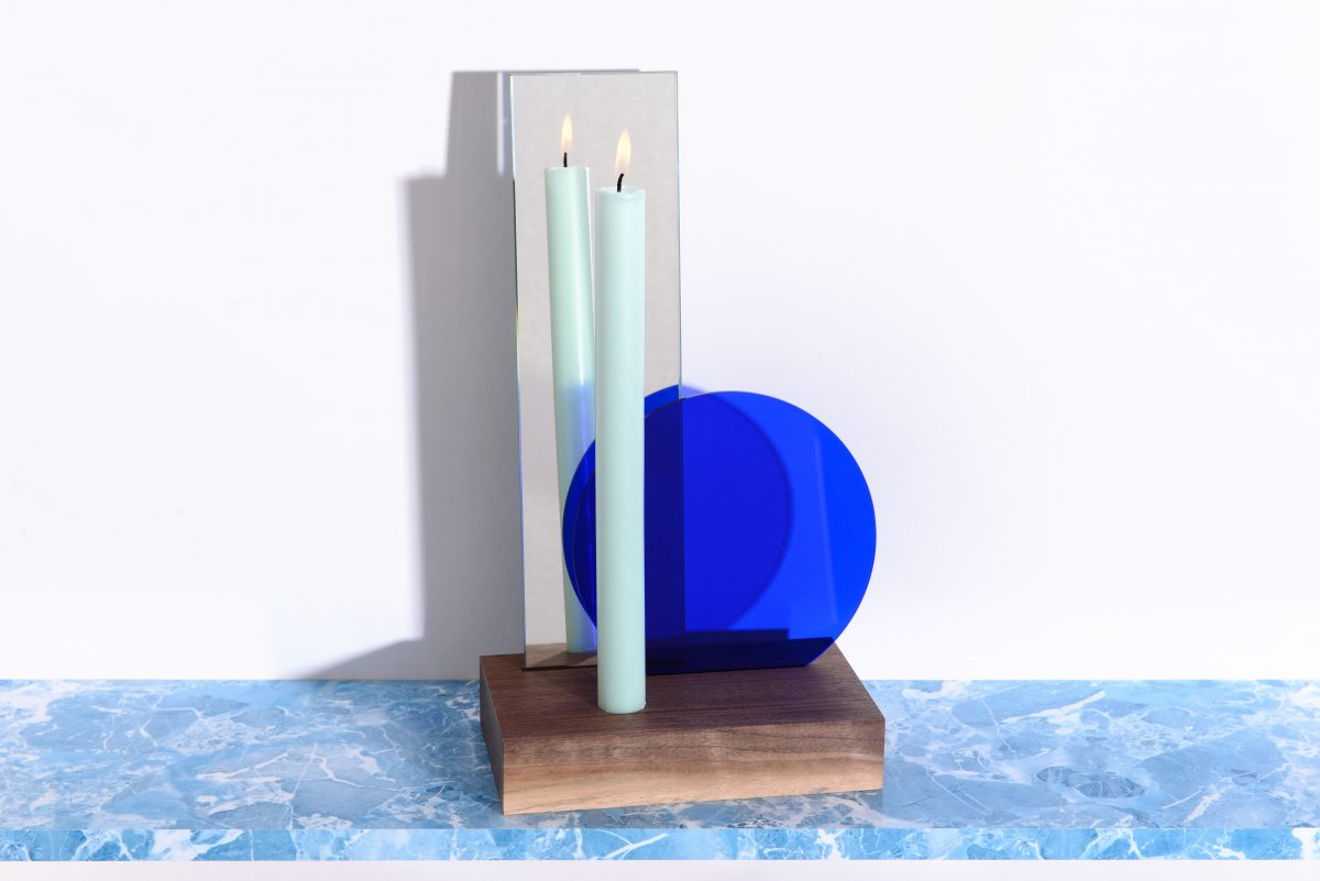 Thier & Vandaalen Table mirror with candle -Interior Reflections collection – Royal blue filter met spiegel en kaars
