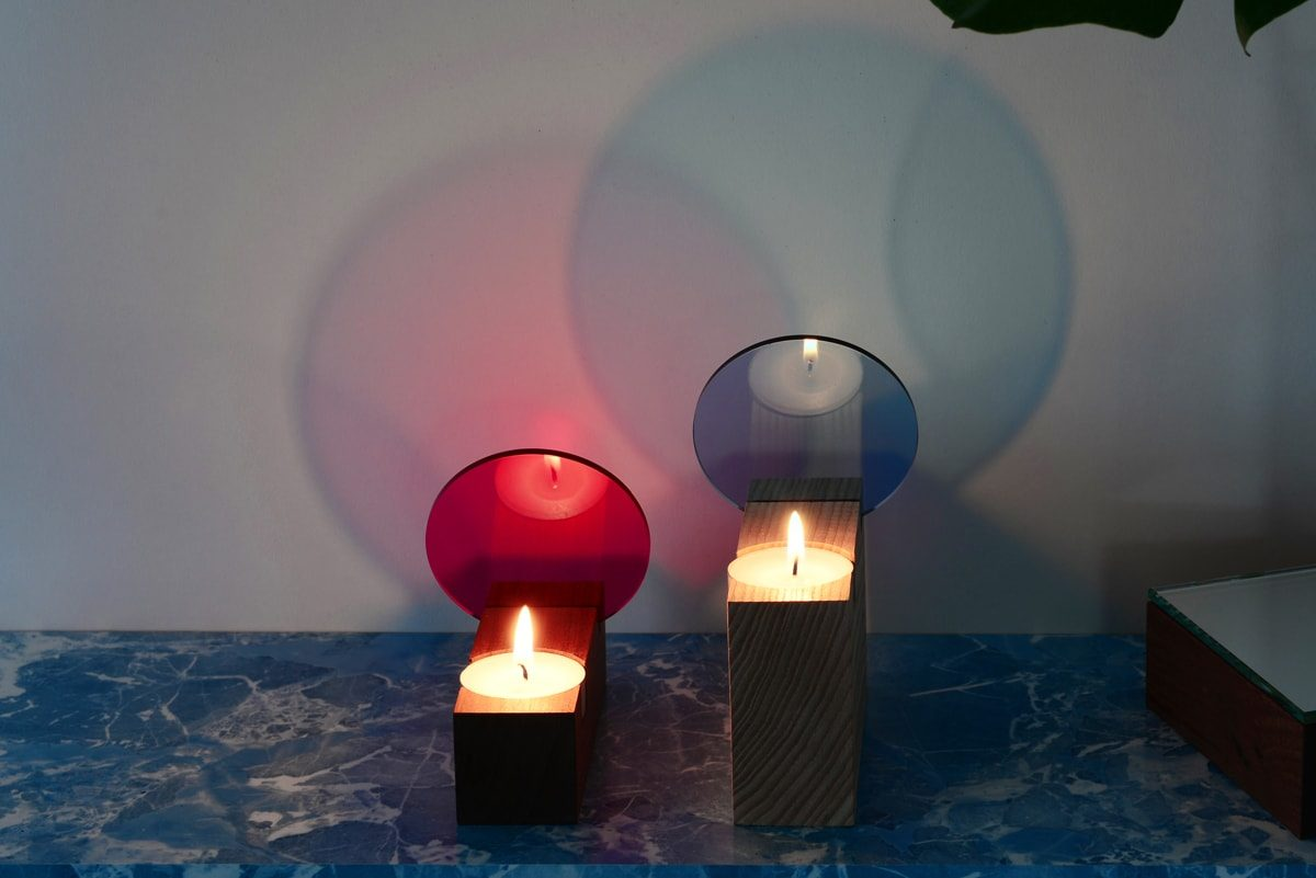 colour_tealight-effect-interior_reflections-stvd-pink-lightblue-hi-crop-min