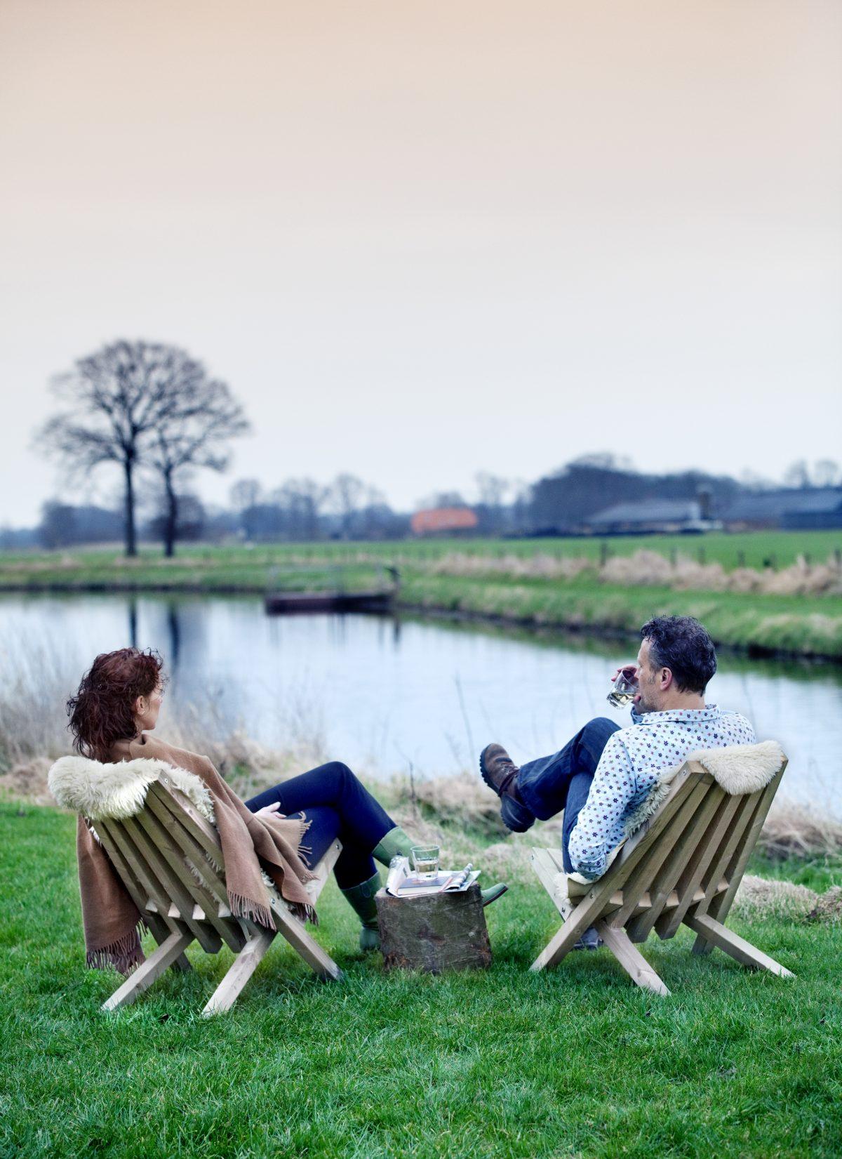 Fieldchairs Weltevree Buitenleven Gras Wijn Relax Gimmiishop