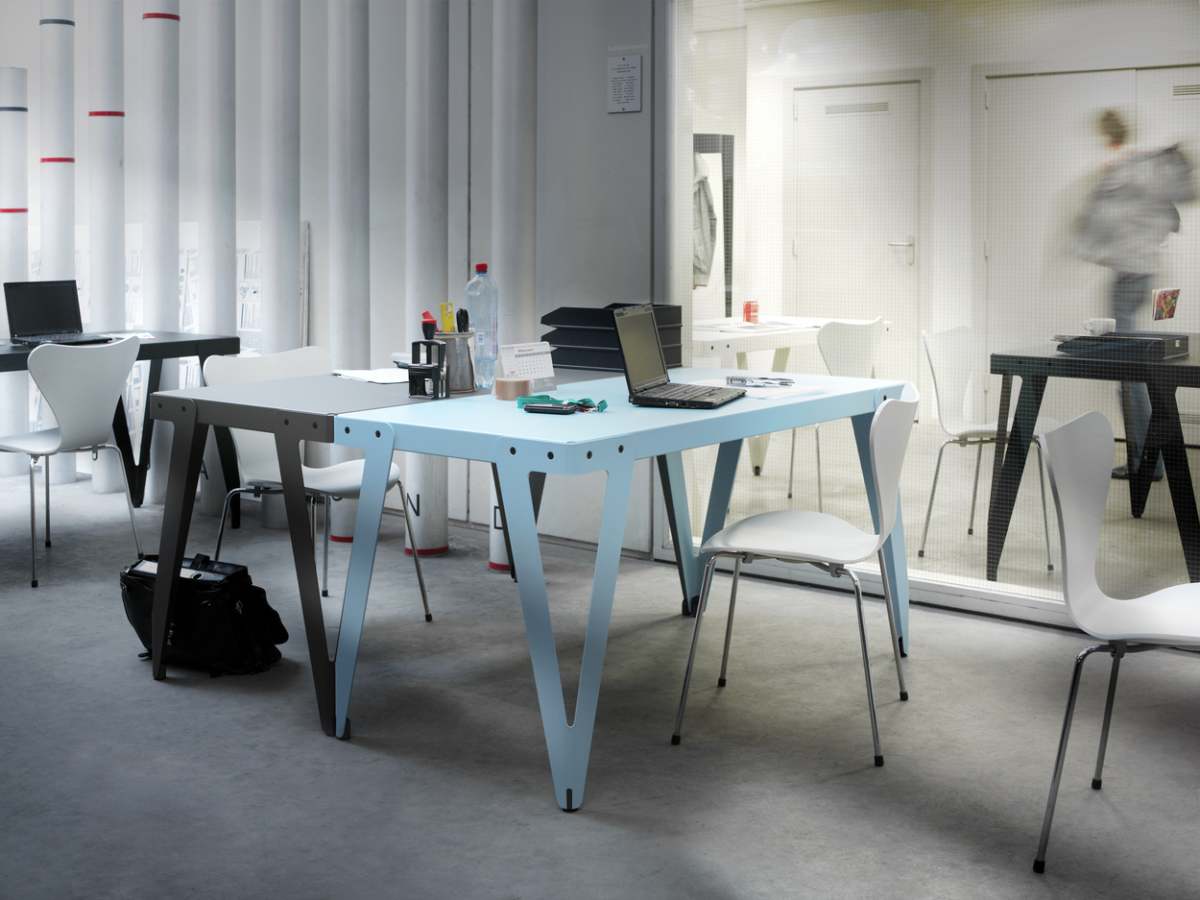 Lloyd Table 140×70 Darkgrey Light Blue Office Functionals Tafel Grijs Blauw