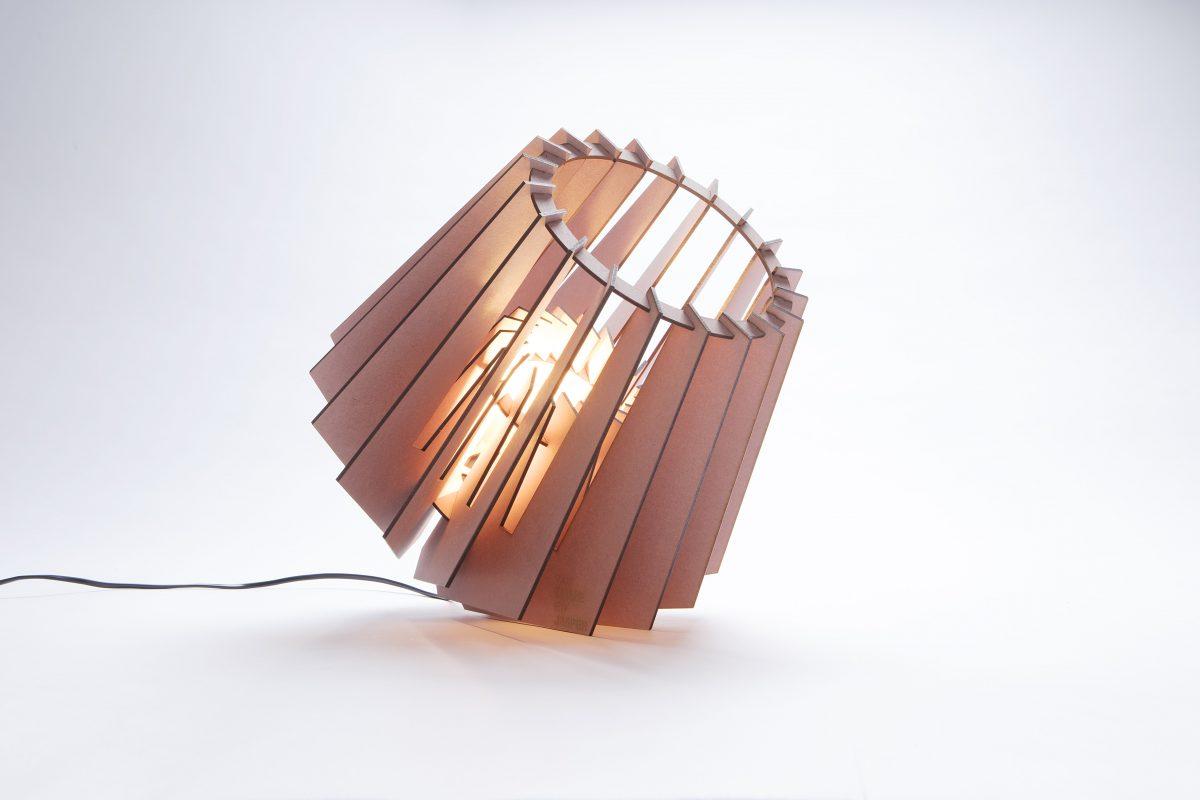 Van Tjalle En Jasper Mini Spot Kleur Roze Tafellampje Dutch Design Verlichting
