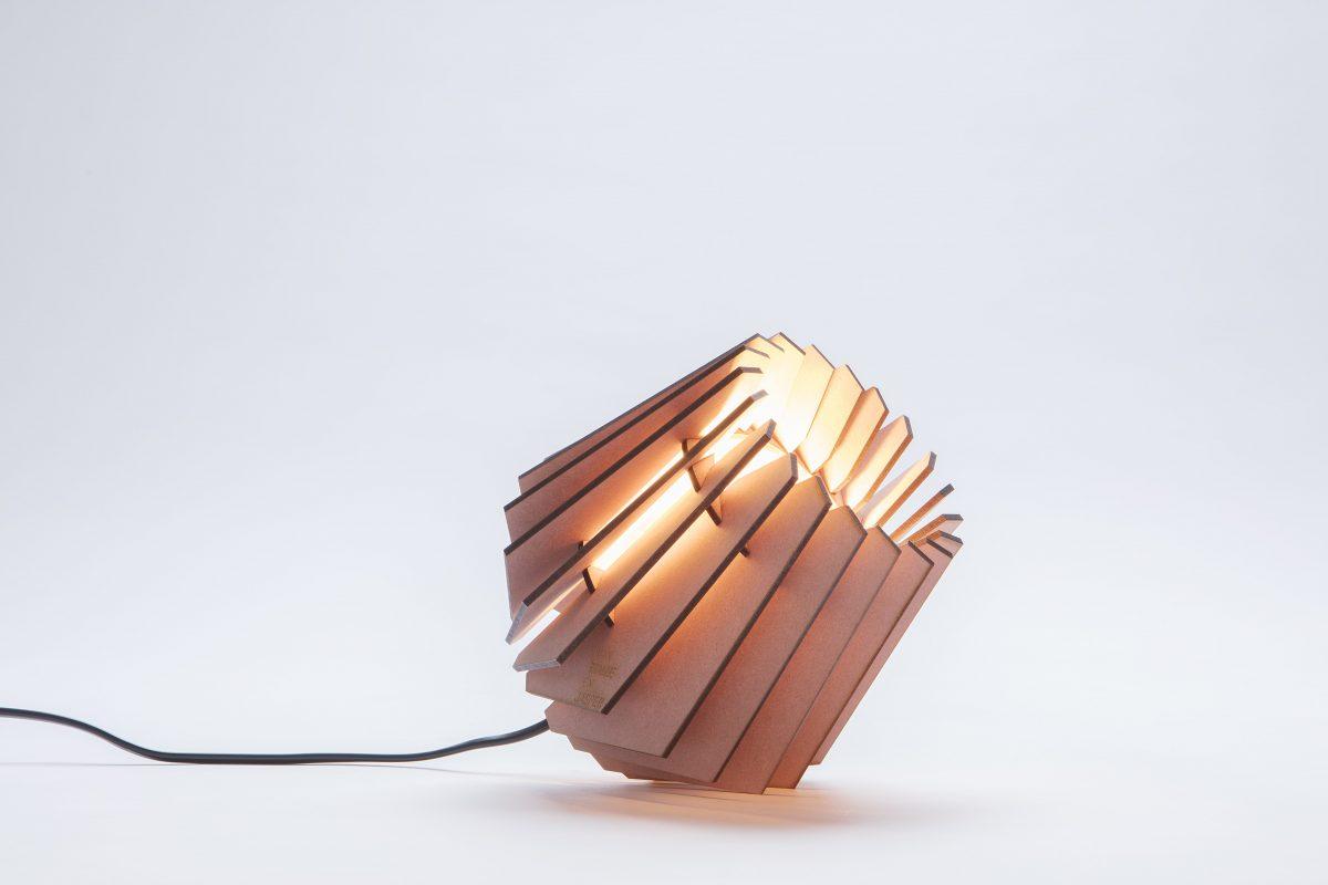 Van Tjalle En Jasper Mini Spot Tafellamp Kleur Roze Dutch Design Verlichting