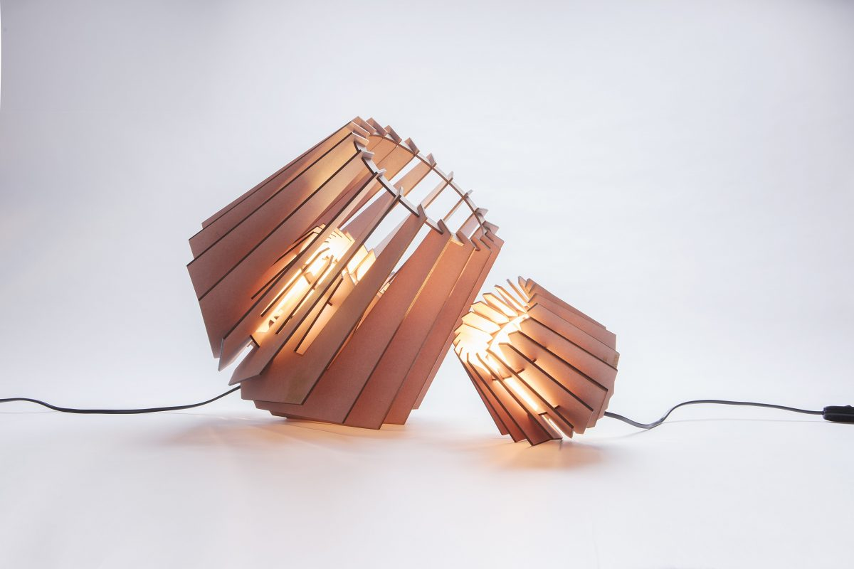 Van Tjalle En Jasper Spotnik Mini Spot Tafellamp Roze Dutch Design Verlichting