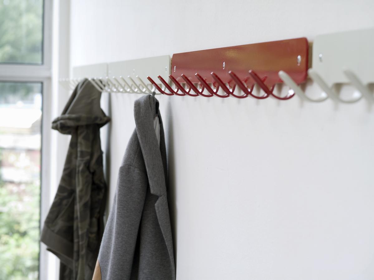 Hooks 8 Red White Kapstok Haken Staal Projecten