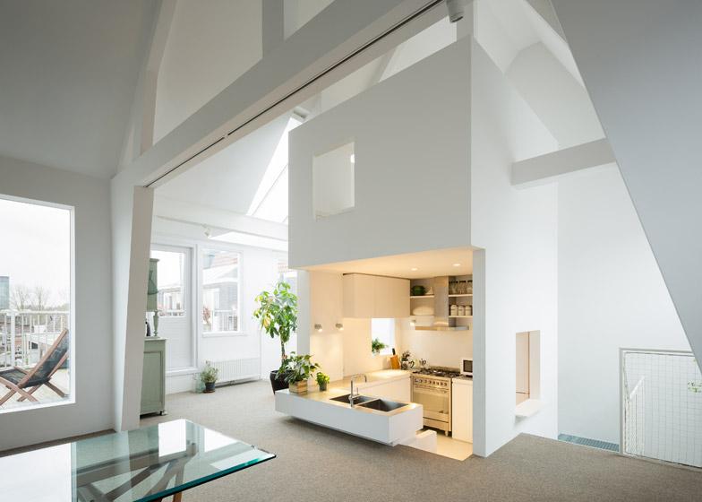 Kitchen Apartment Amsterdam MAMMDesign Verlaagde Keukenvloer