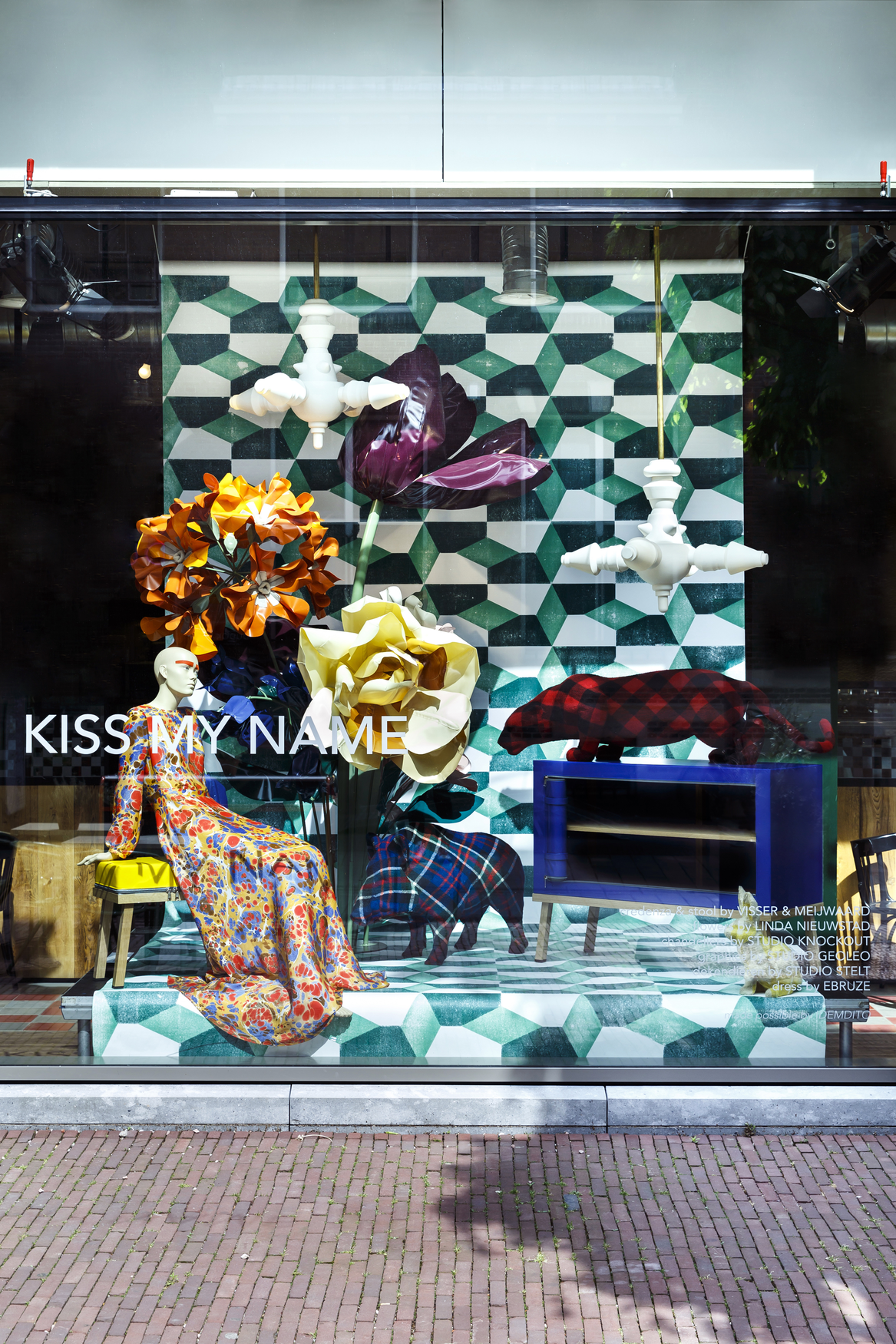 Visser Meijwaard Dutch Design Meubels Truecolors Presentatie Kiss My Name Photo Eva Broekema