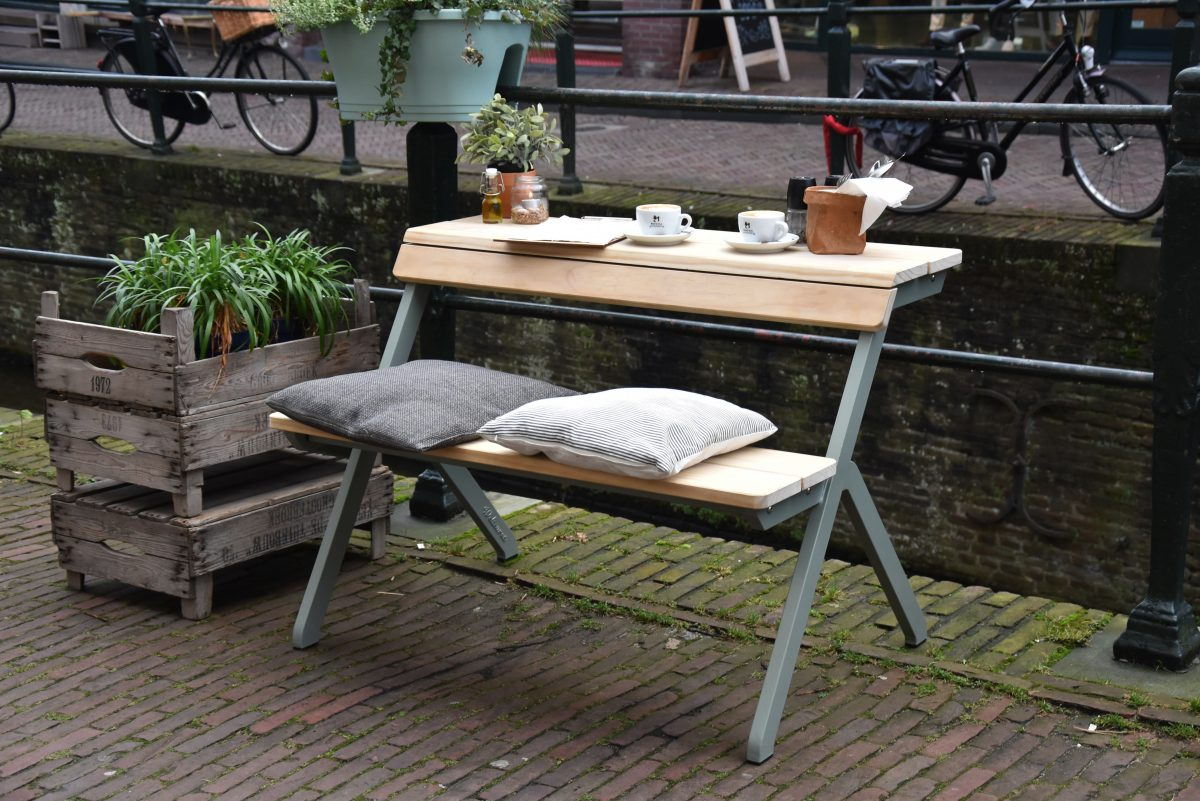 Weltevree Tablebench Bankje Met Tafel Lifestyle Dutch Design Outdoor