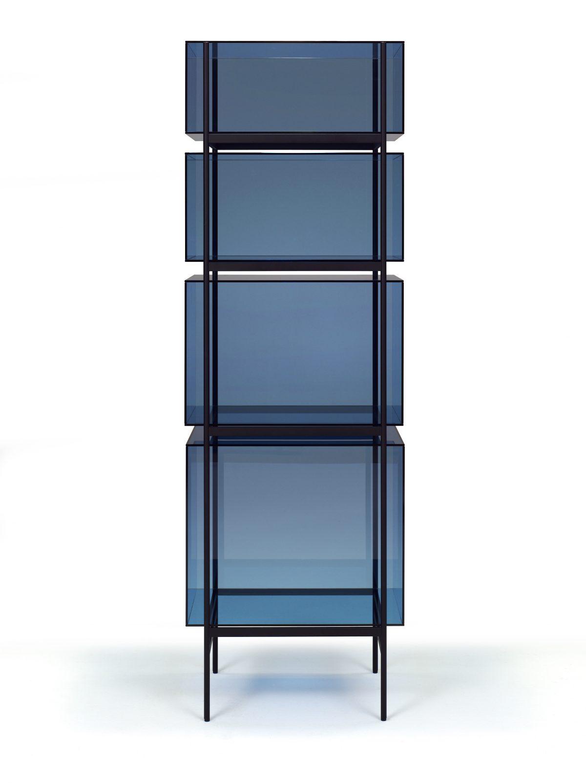 Glazen Kast LYN 4 Vakken VisserMeijwaard Blauw Glas Zwart Frame Exclusief Dutch Design JOSHH& Helderr 15