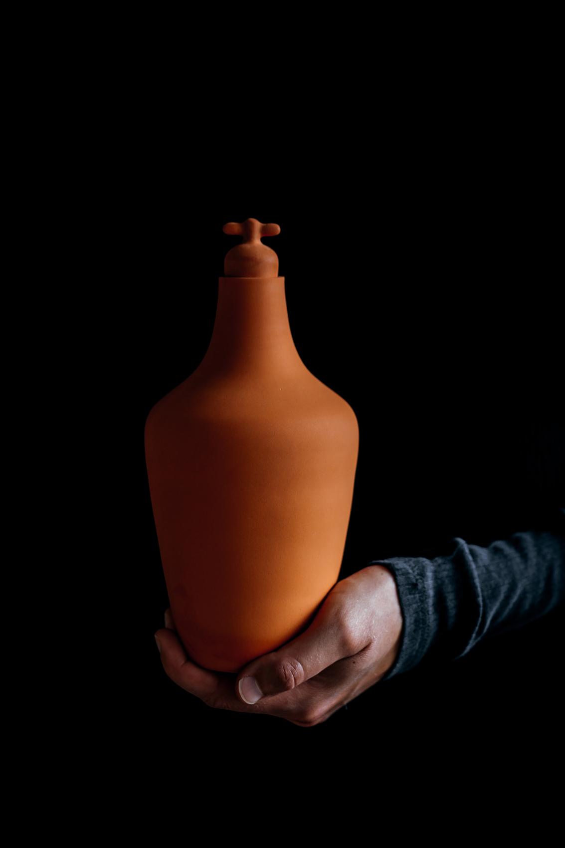 Vij5 Tap Water Carafe Design Karaf LottedeRaadt Image By Ingrid Hofstra