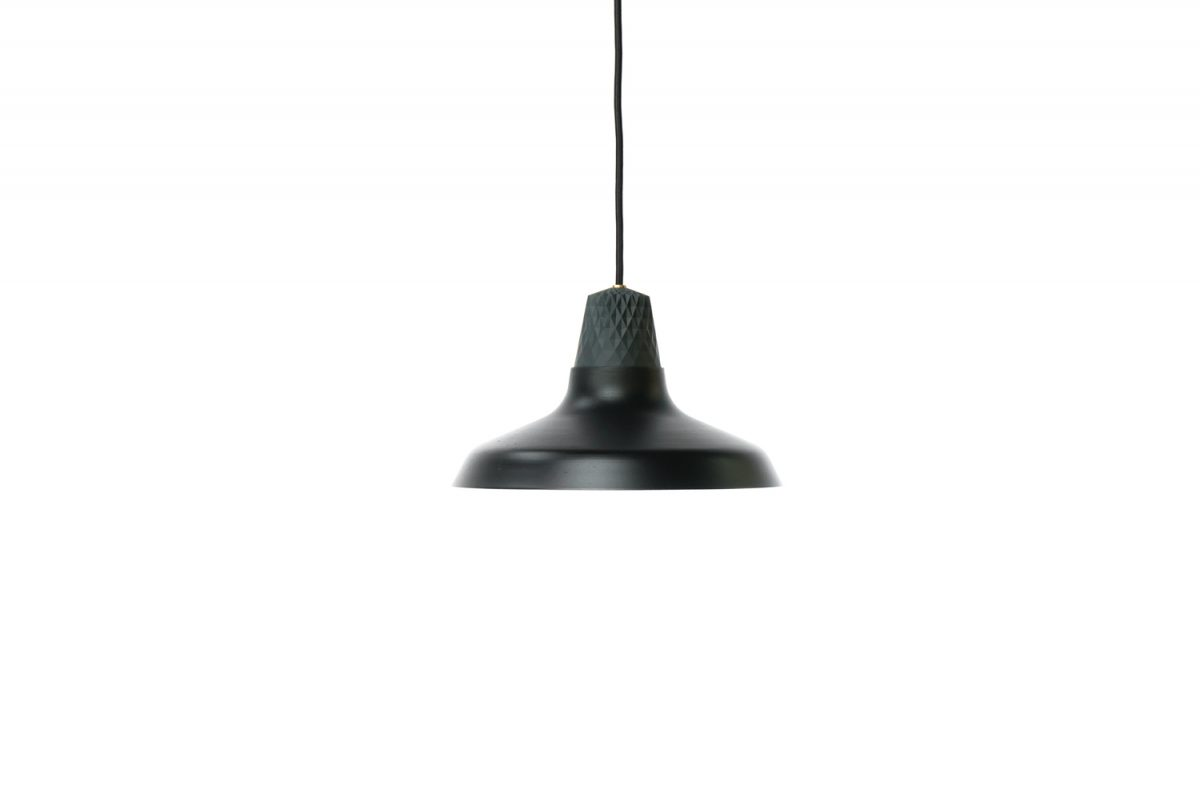 Lozenge Shade Small black