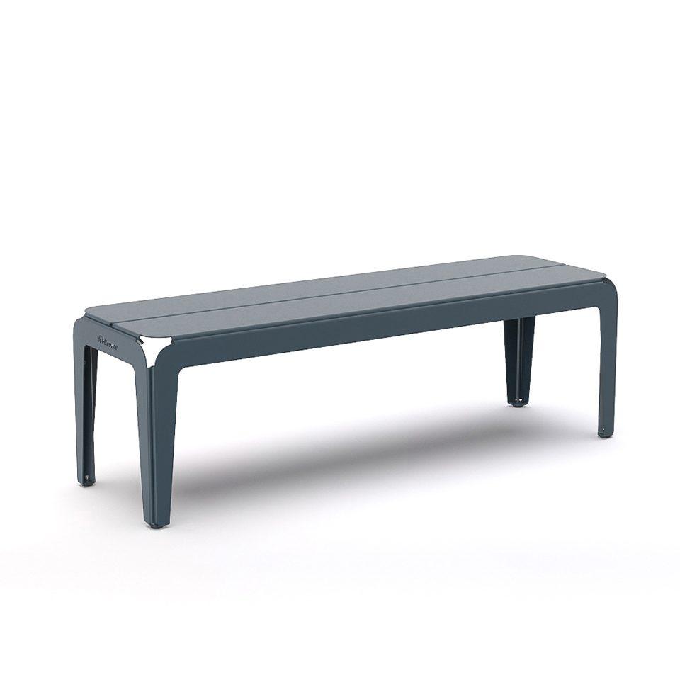 Bended bench buitenbankje