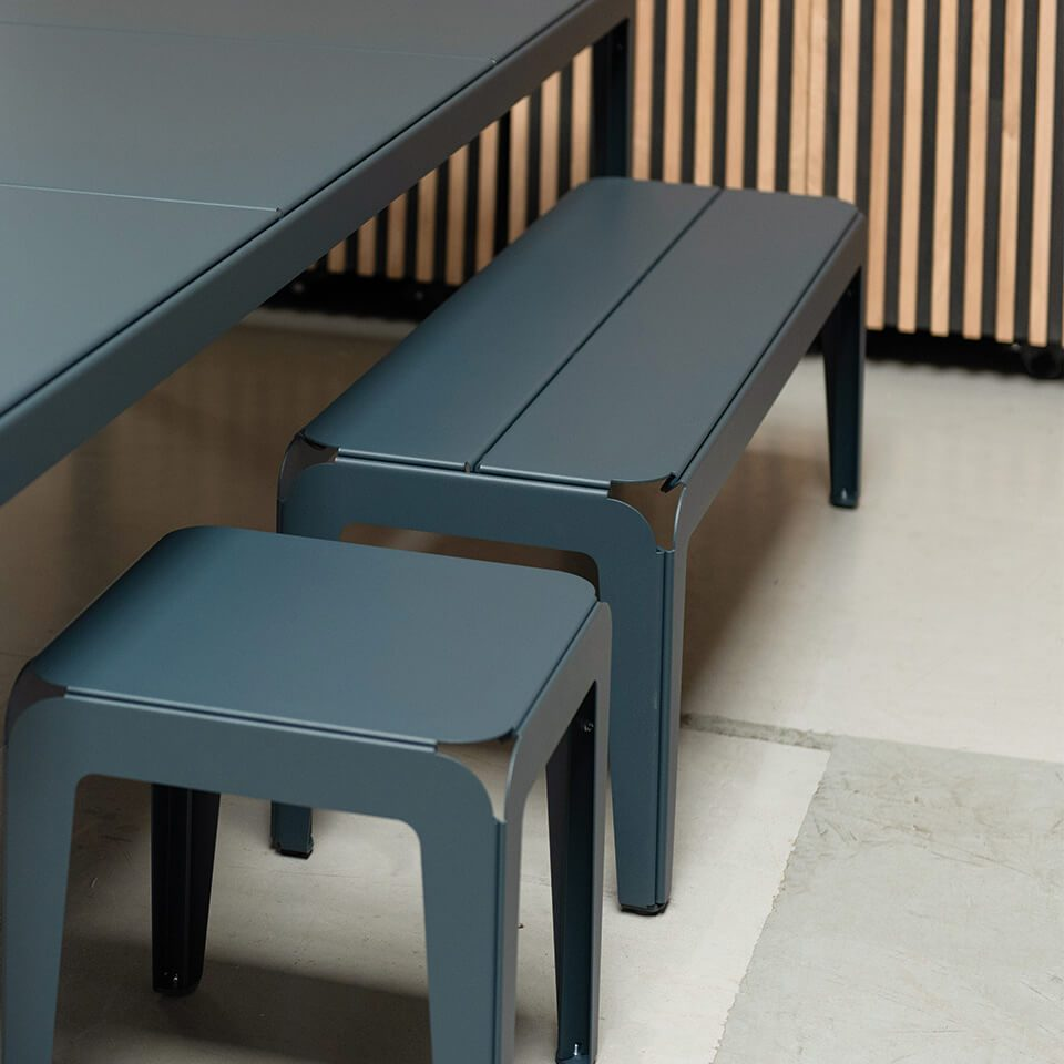 Bended Serie Bench And Stool Grey Blue Grijs Krukje Bankje Tafel Weltevree